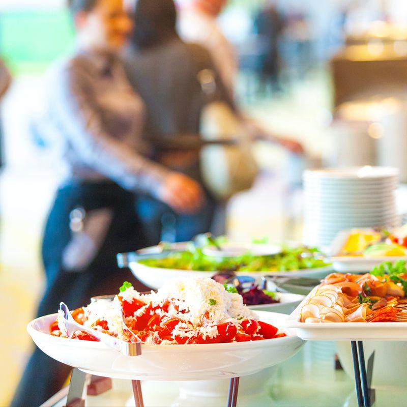 Servicios de Azafatas y Catering para Eventos